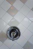 Comment nettoyer les taches d'eau à partir de ma douche