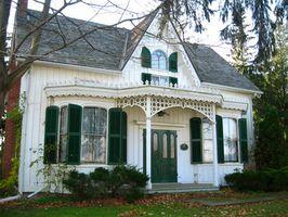 Comment Refinish bois de sapin Trim Maisons anciennes
