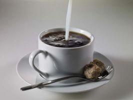 Comment nettoyer les taches de café De Tasses