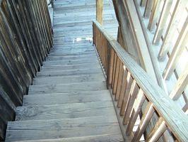 Comment puis-je installer préfabriquée escalier Rail & Bannister?