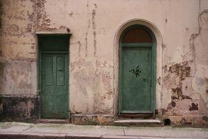 Comment intempéries vieilles portes