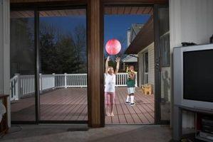 Comment faire pour installer une serrure de porte coulissante