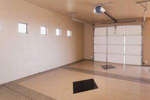 Comment faire pour supprimer Tension sur Garage Overhead Door ressorts hélicoïdaux