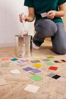Comment peindre de grands motifs carrés sur les murs