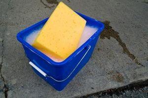 Comment nettoyer polyuréthane Portes d'armoires