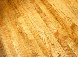Comment nettoyer les taches de Hardwood Floors