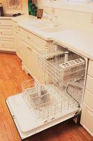 Comment nettoyer sous l'écran dans le fond d'un GE Profile Lave-vaisselle