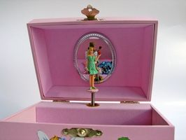 Comment nettoyer une Music Box Wind-Up