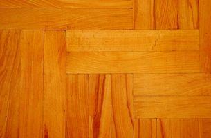 Comment nettoyer un plancher de bois franc avec huile minérale ou de pétrole
