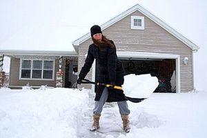 Comment pelleter la neige en toute sécurité