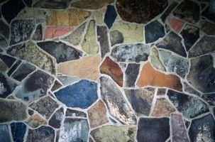 Comment nettoyer la saleté de pores Slate Tile