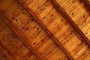 Comment nettoyer faisceaux à haute de plafond