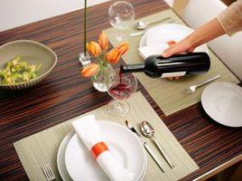 Comment faire pour supprimer Terminer Clouded sur une table de salle à manger