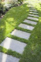 Comment enlever les feuilles d'un chemin de pierre