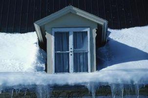 Comment faire fondre la glace sur le toit de ma maison
