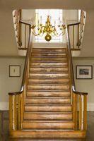 Comment trouver des pièces de bois d'escalier