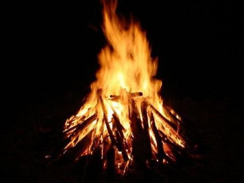 Comment construire un feu sans allumettes