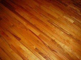 Comment nettoyer polyuréthane Wood Floors