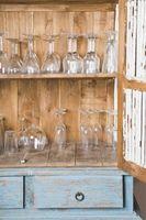 Chiner meubles en bois blanc Avec Glaze à faire ressortir les détails