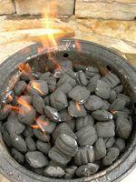 Élimination des briquettes de charbon de bois d'occasion
