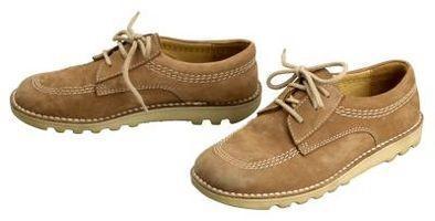 Comment faire pour supprimer les taches sur Jean Nubuck Chaussures